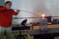 Profesor pir�mano