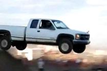 Salto con camioneta